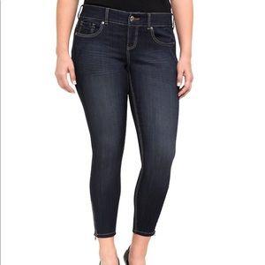 Torrid Stilleto Jeans size 20